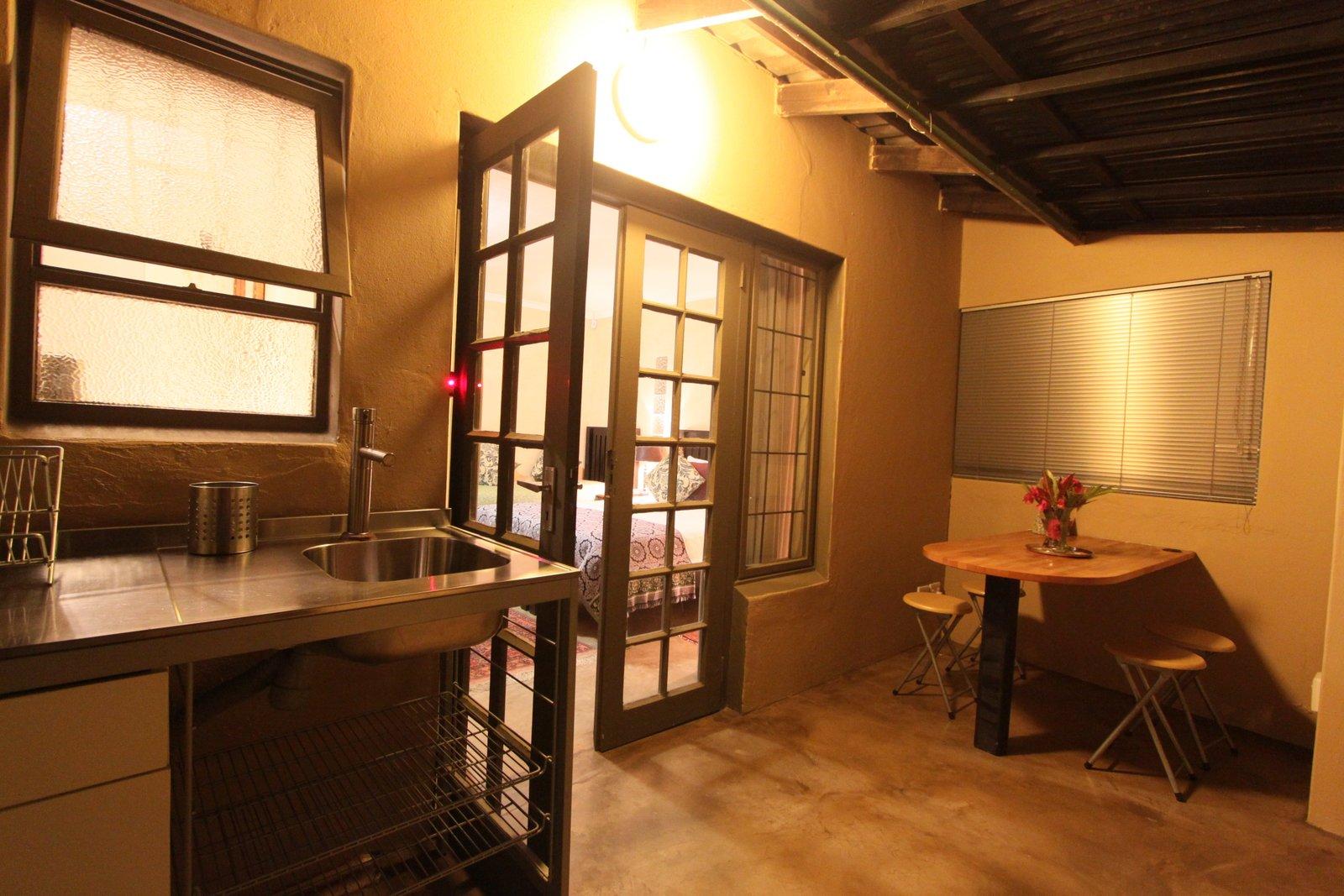 SC5-kitchen1-best.JPG